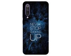 Husa Premium Upzz Print Xiaomi Mi 9 Se Model Never Stop