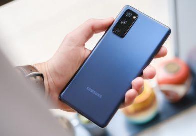 Samsung Galaxy S20 FE – un telefon extraordinar pentru fanii care țin cont de fiecare bănuț